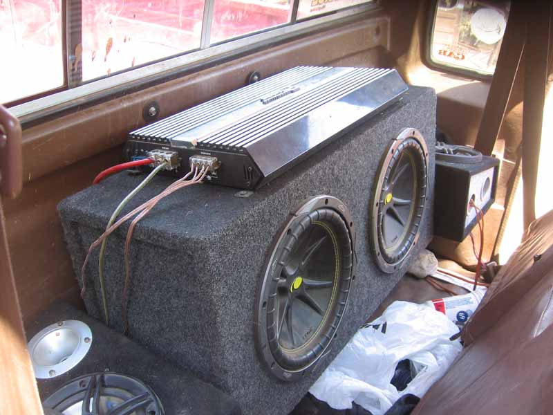 Kicker subs and 1200w amp 200obo 2 kicker 10 comp subsin the box shown 1200watt performance teknique amp and rockford fosgate rca cables located in redding 200obo sciox Image collections